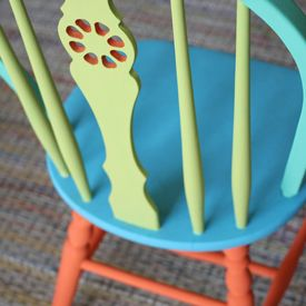 I found an old chair in the alley and repainted it for my home office, this would be a great idea for your home!