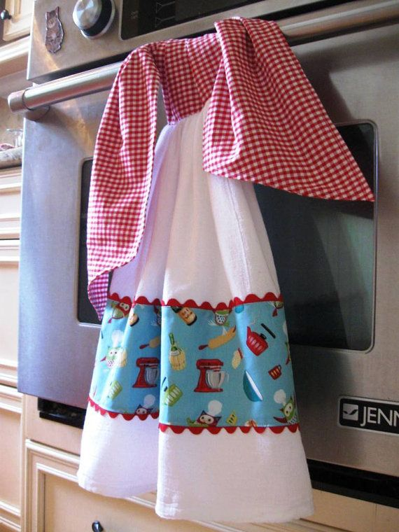 Tie On Double Flour Sack Dish/Kitchen Towel Owl by MessyMessyMe
