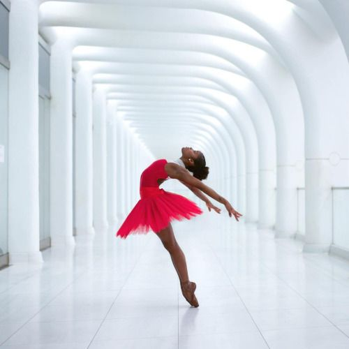 lordbyron44:  Ballerina Ingrid Silva™ Professional Ballet dancer - Photo by @underground_nyc