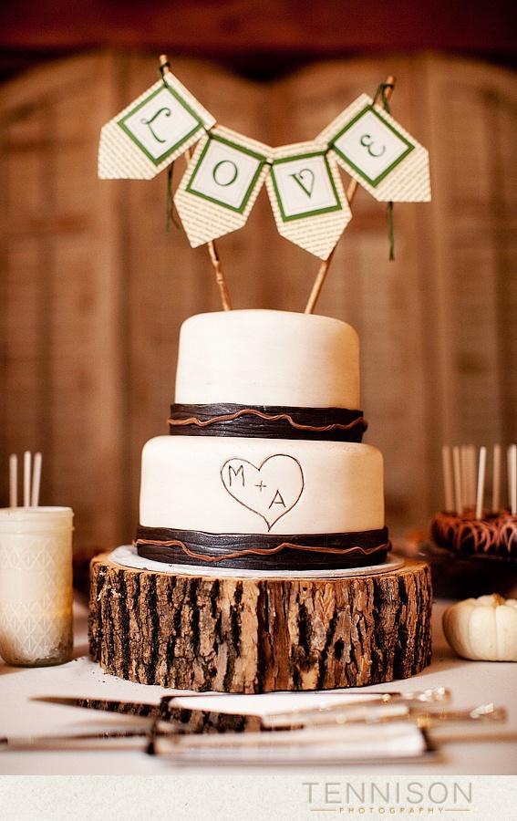 Rustic 2-tiered Wedding Cake :)