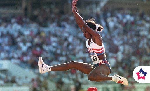 Знаменитая спортсменка Джекки Джойнер-Керси, победительница многочисленных олимпийских соревнований, в том числе по бегу с барьерами и без, прыжкам в высоту и длину, болела астмой.
