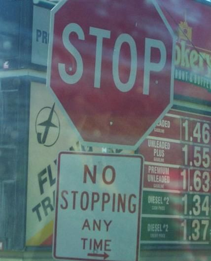 lol.Funny Comments, Funny Street, Funny Signs, Traffic Signs, Friday Funny, Funny Stuff, Street Signs, Silly Signs, Funny Roads Signs