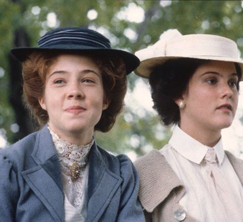 Anne and diana les complices de toujours cathy et for Anne maison aux pignons verts