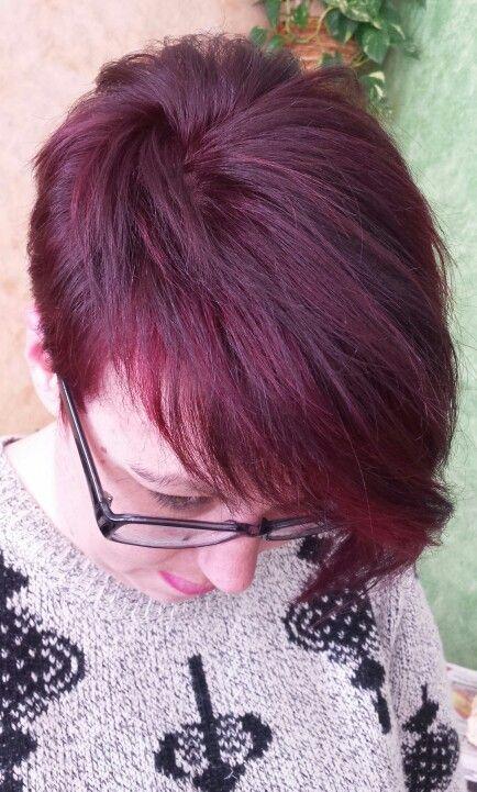 Castaño claro violeta rojizo