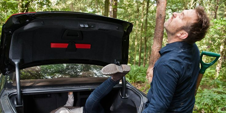After going through with his plan to bump off his wife Charity, Declan gets a shock in tonight's 'Emmerdale', when he attempts to hide the body. As Declan opens his car's boot to retrieve his wife's lifeless body, he ... 28/09/14
