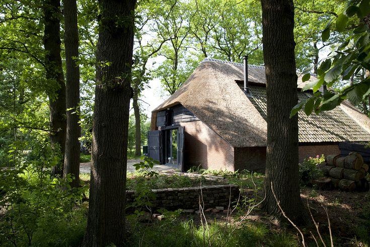 Heerlijk overnachten bij de Schaapskooi in Doorn op de Utrechtse Heuvelrug. Reserveer nu uw vakantie bij Schaapskooi Doorn.