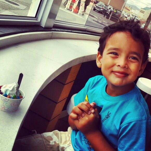 Ice cream must be a childs best friend #smiles #milkylane&co #sundaydrive