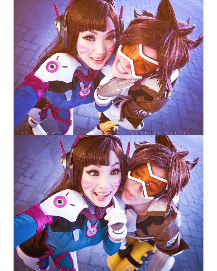 D.VA and Tracer cosplay.