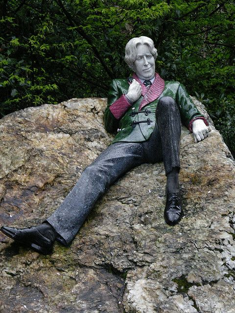 "Oscar Wilde Statue  in Merrion Square, Dublin   Had my photo taken here in 2004 ""the fag on the crag"", the queen with the leer"", ""the quare on the square"""