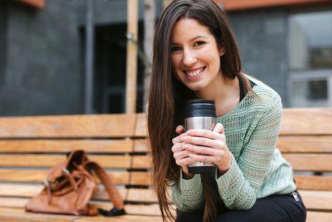 Aby váš metabolismus efektivně pracoval už od rána, je důležité se nasnídat. Určitě nestačí dát si jen kávu