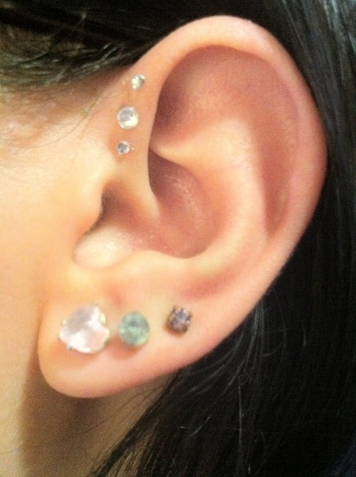 I've got the three lobe piercings.  I want the multiple foward pinna/helix piercings to.  I would probably only do two up there, but I love them.