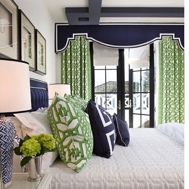 Bedroom inspiration. Please note the ceiling detail. OBSESSED. Design by…