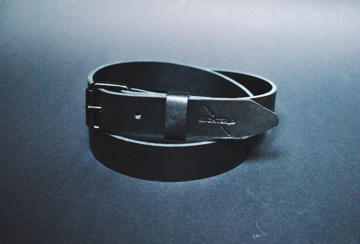 Handmade leather belt in allblack collection. Rychter_D / craftsman.