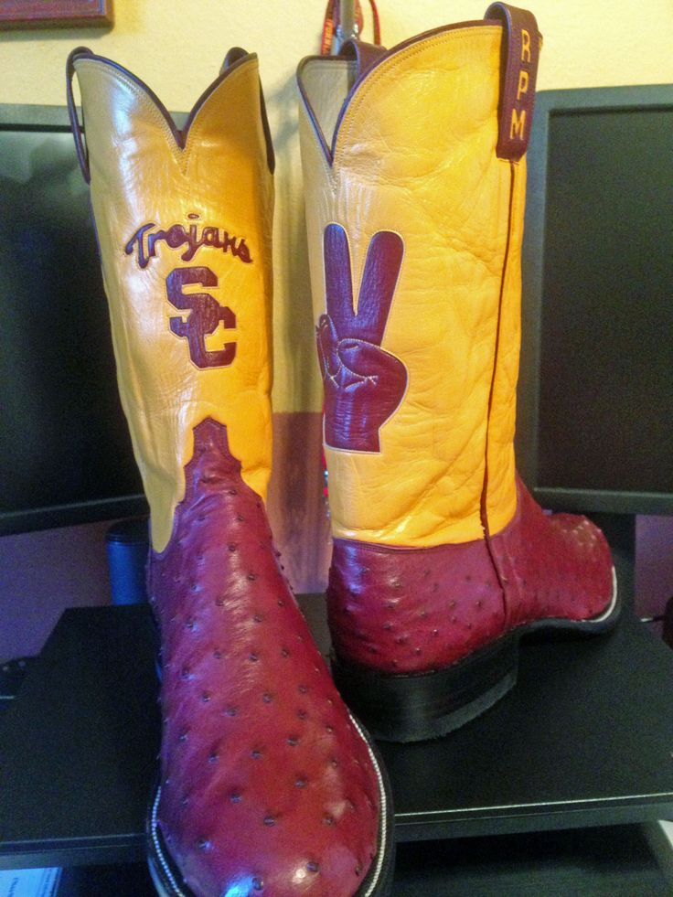 USC School of Social Work Vice Dean R. Paul Maiden had these boots custom made from ML Leddy Boots in San Angelo, Texas! #FightOn
