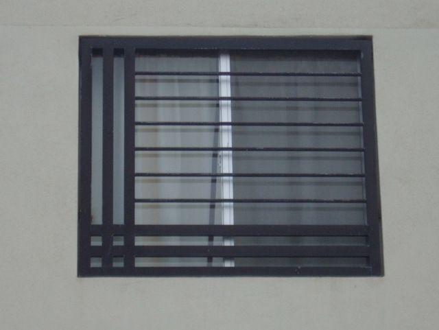 Rejas de ventana modernas fabricadas con rejas de hierro