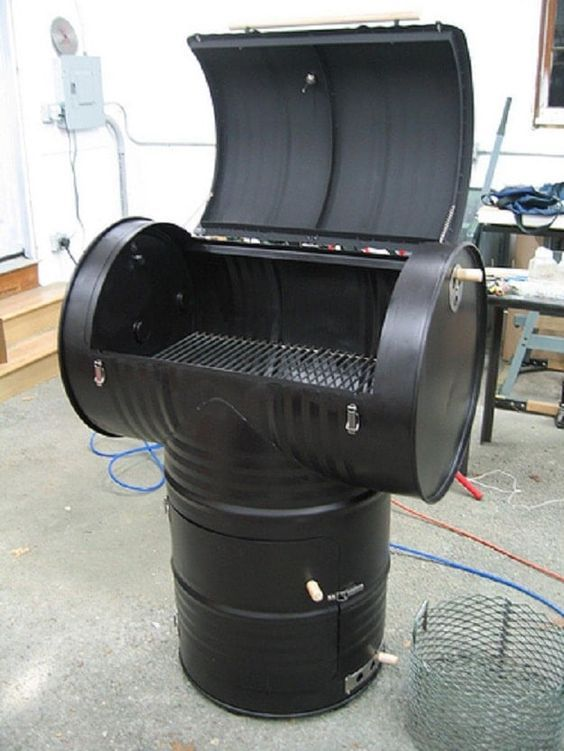 Metal Drum DIY Smoker Grill | Inexpensive DIY Smoker Grill Ideas For Your BBQ Party