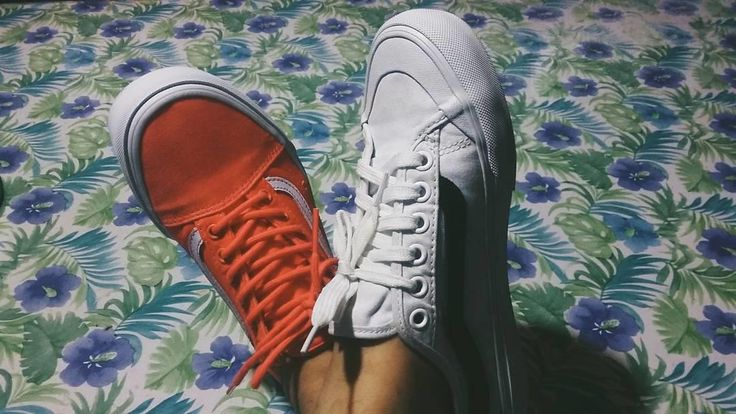 Red or White Vans? Use them both on feet!