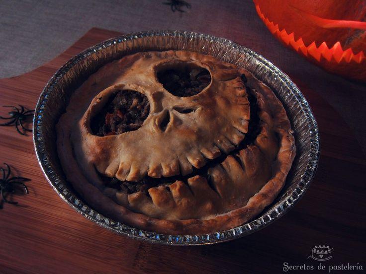 Tarta rellena de Halloween
