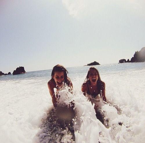 beach babes & waves