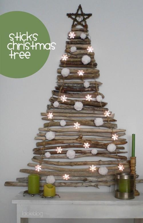 Sticks Xmas Tree #diy #crafts www.BlueRainbowDesign.com