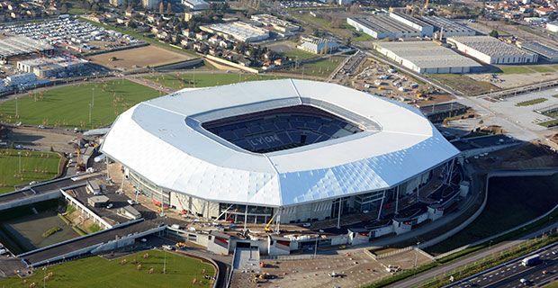 Toiture du stade l'Olympique Lyonnais en Précontraint TX30