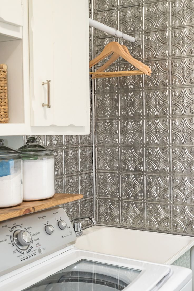 Your backsplash renovation doesn't have to be hard. This hassle-free laundry room backsplash DIY is perfect for everyone at every level.