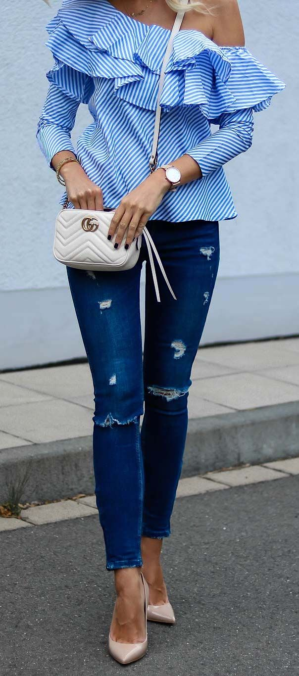 Outfit: Blue striped, ruffled one-shoulder top with denim jeans, nude heels and white Gucci marmont cross body bag - Klick for more beautiful statement shirt options and find out where I got mine!