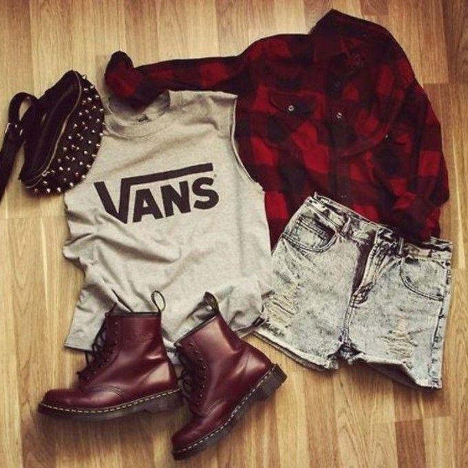 jacket shorts bag flannel shirt flannel combat boots shirt high waisted short shoes pants vans red flannel shirt purse n boots purse grey bl...