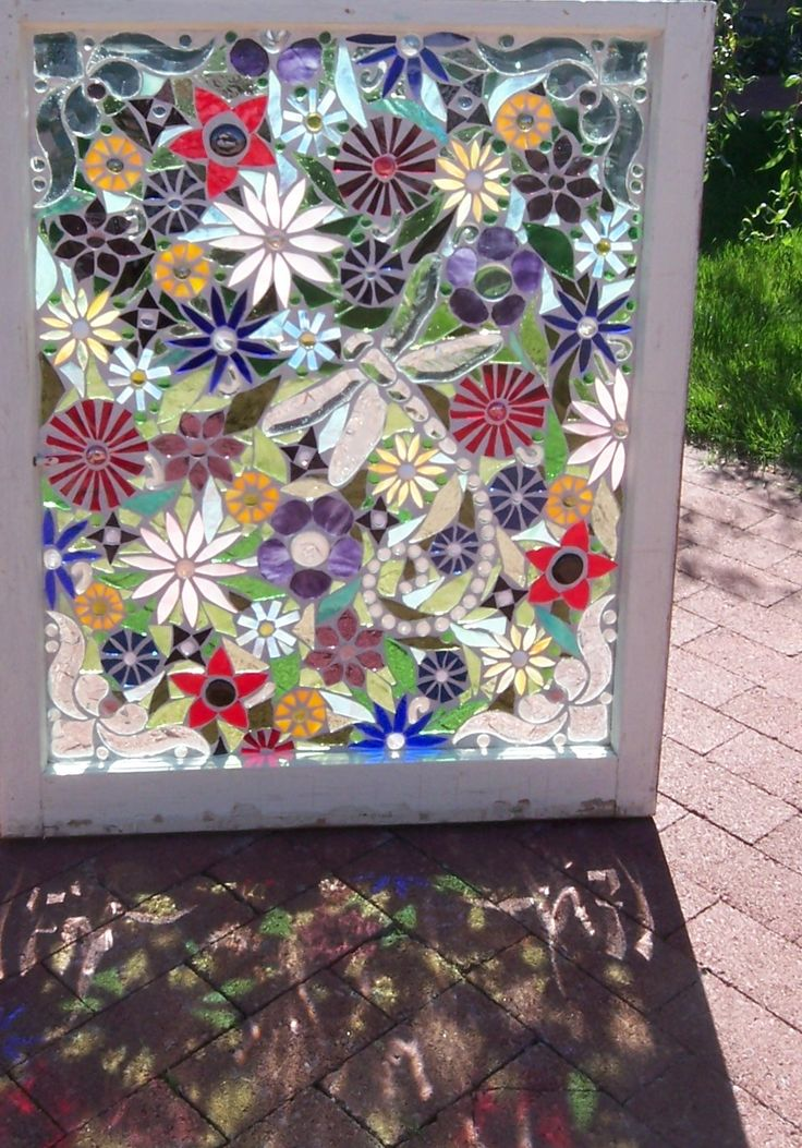 1000 ideas about stained glass flowers on pinterest for Garden mosaics designs
