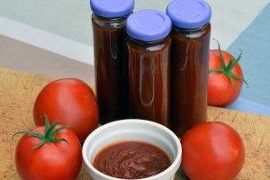 Rajčata už zrají! Jak z nich připravit ten nejlepší domácí kečup?