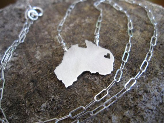 Love this Australia necklace!