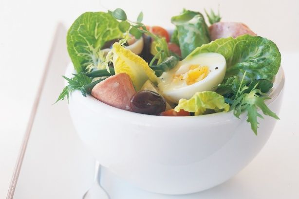 Simple, tasty and healthy, this chef's salad is a breeze to whip up! See notes section for Low FODMAP diet tip.