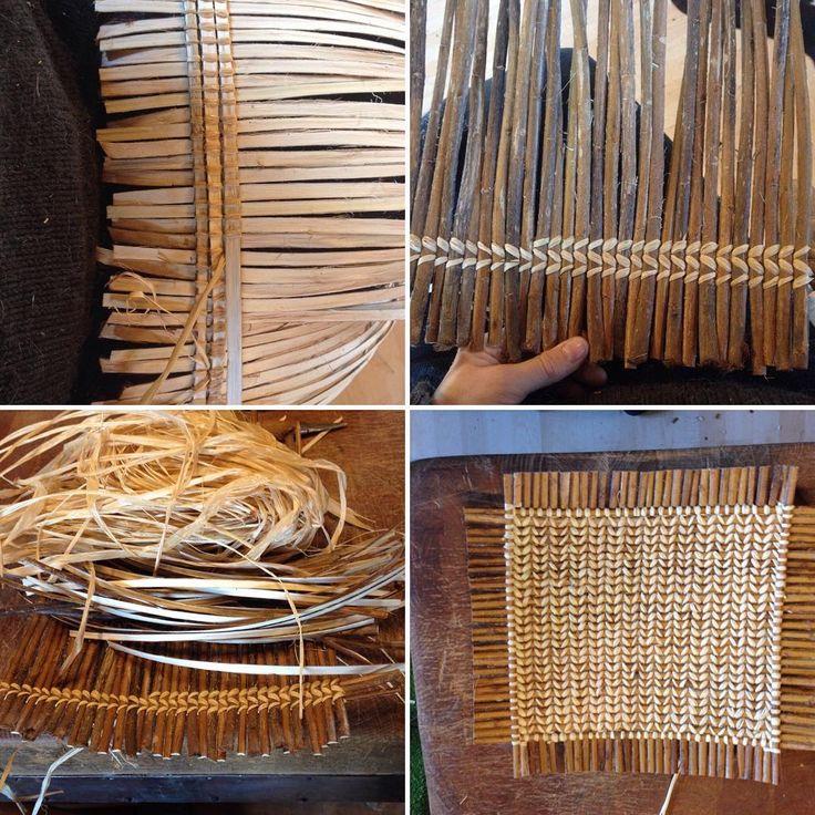 Making small trays of willow skeins and bast. The weavingmetod is called barlonyo winnowa from Jette Mellgrens book flet Og bindinger. #willowweaving#skeins#willow#skovstuenpil#kurvmakerskolen#kurvmaker#basketmaker#