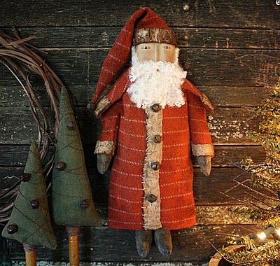 Folk art Santa to sew. Pattern available here http://www.etsy.com/listing/82171138/primitive-christmas-folk-art-santa-doll