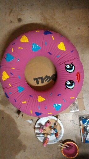 Shopkins Doughnut Halloween Costume.  Can also use for her birthday party as a decoration.
