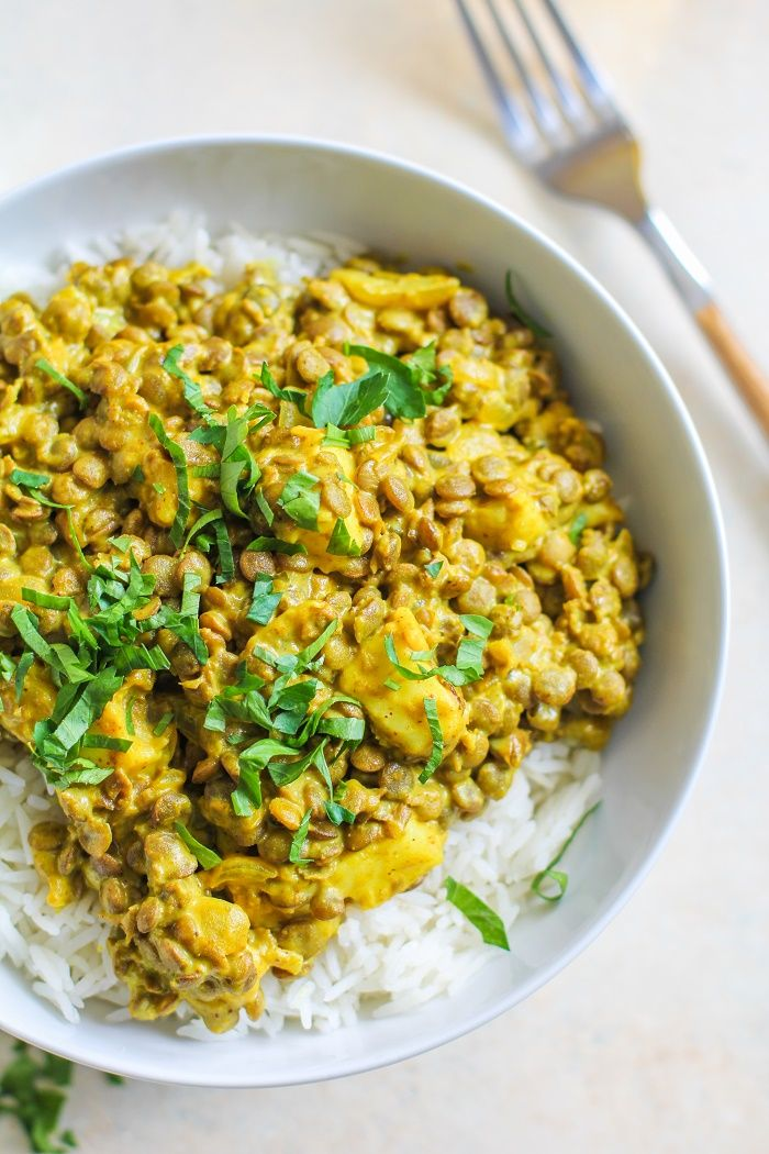 Yellow Curry Lentils and Halloumi - a flavor-packed healthy vegetarian meal…