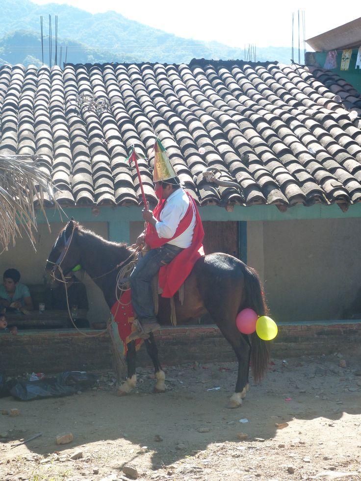 Rey Moro en la Danza de los Xayacates, Ostula, Indígenas Nahuas