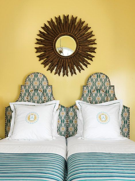 headboards: Yellow Wall, Guest Bedrooms, Auguste 2011, Twin Beds, Bedrooms Headboards, Guest Rooms, Girls Rooms, Bedrooms Wall, Guestrooms