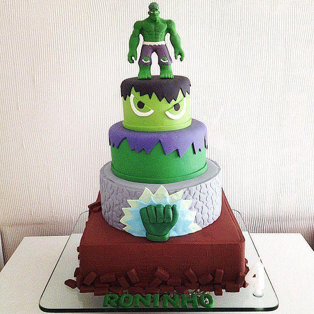 104 best Superhelte tema images on Pinterest Hulk cakes