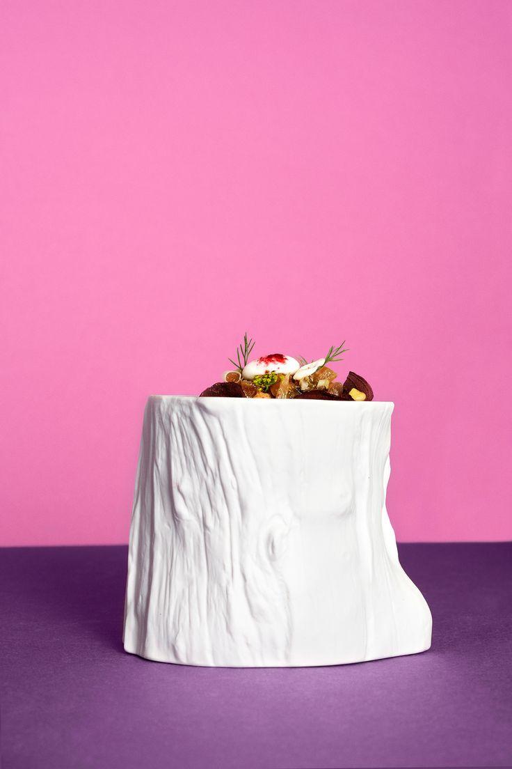 - Restaurante LAV - ◇ Bodegón sobre papel rosa, morado ◇ #comida #food #lovefood #foodporn #foodart #foodgram #foodstyling #instafood #delicious #restaurante #gastronomia #mediterranean #degustacion #showcooking #comerbien #chef #gourmet #hotel #happiness #hotelalfonsov #vamuca #leonesp #beautifulplaces #relax #fun - Photography & art direction www.calerastudio.com