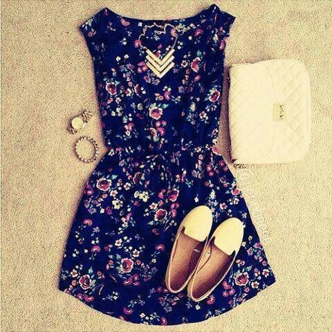 Cute outfit♡
