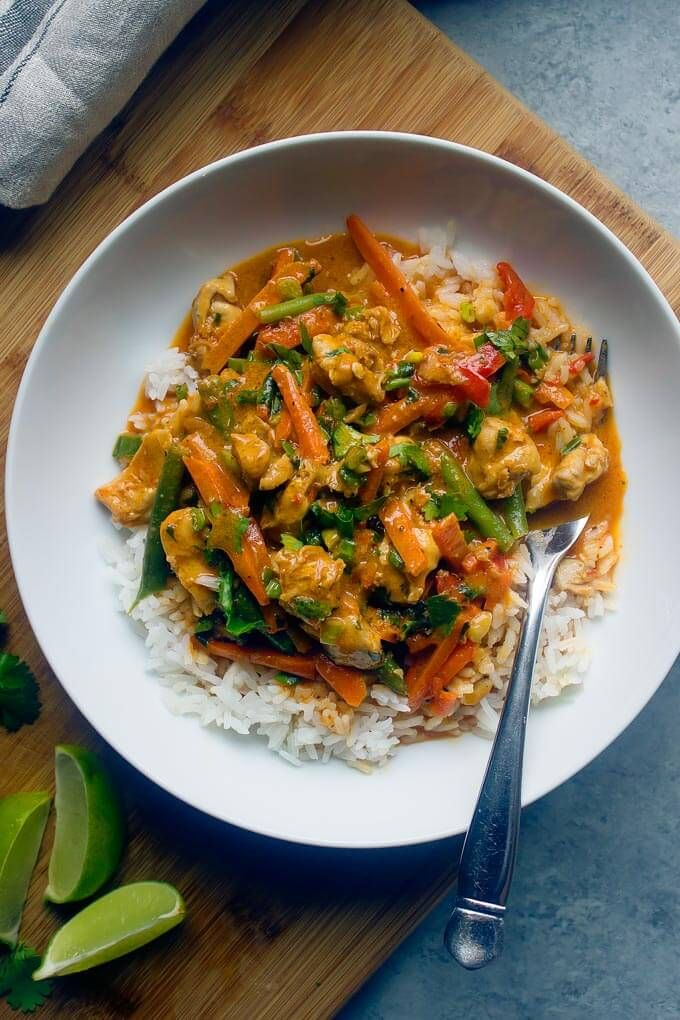 Easy Chicken Vegetable Curry With Coconut Milk And Red Curry Paste The Easiest And Incred Chicken Vegetable Curry Easy Vegetable Curry Vegetable Curry Recipes