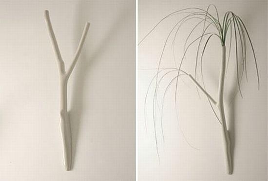 Необычные настенные вазы