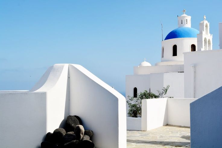 Santorini with baby, 5 Top Frequently Asked Questions Since I often receive messages from parents who are planning to visit Santorini with a baby or toddler
