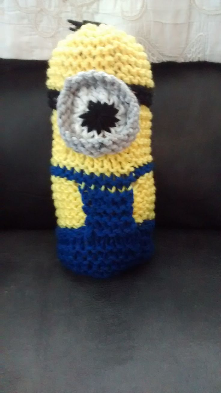 Loomed Minion toy by Carla Wills