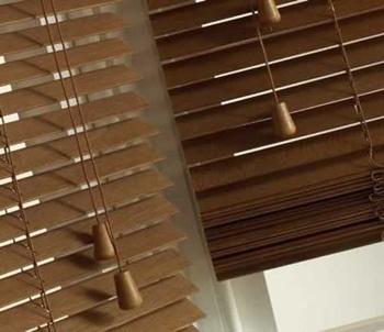 *wooden slat blinds