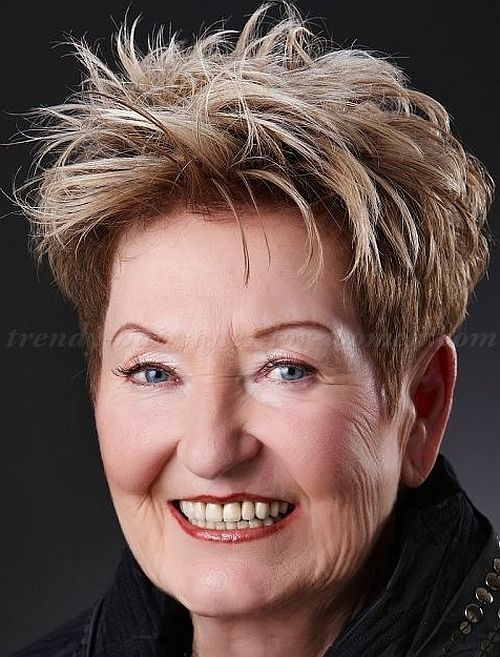 short+hairstyles+over+50,+hairstyles+over+60+-+short+messy ...