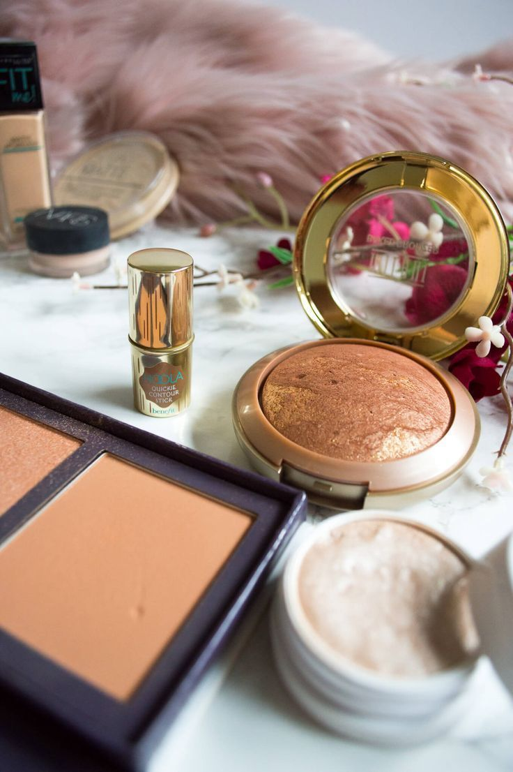 products used for a perfect valentine's day complexion including the benefit hoola contour stick, the milani baked bronzer, and colourpop cosmetics super shock highlighter in flexitarian.