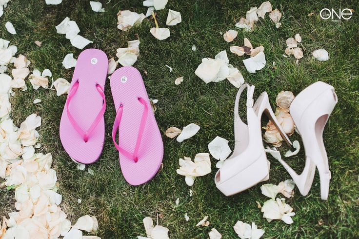 A stylish wedding. The bride's shoes. Shoes for guests. Wedding decor. Wedding ceremony. The tender decoration of the wedding. A wedding Banquet. Party. Shabby chic.