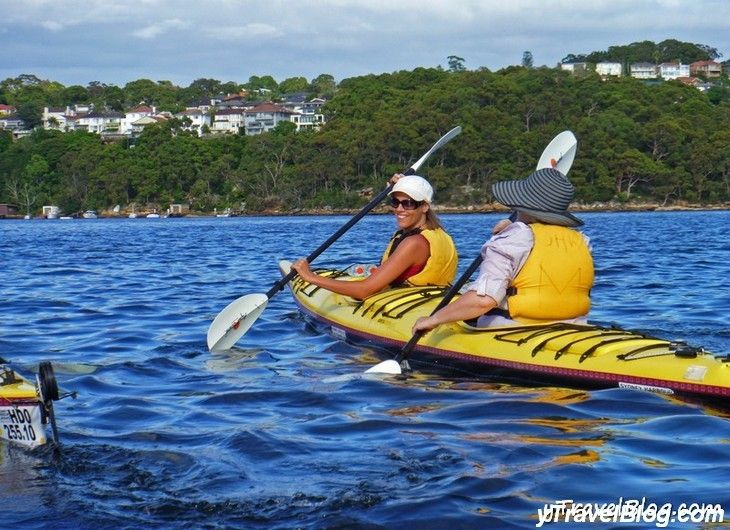 Kayaking Middle Harbour, Sydney - a #hooroo #SecretSpots in Australia. Great for a different experience on Sydney Harbour.